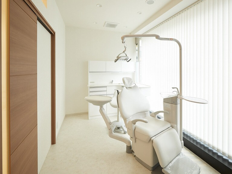 まずは矯正治療の無料相談へ|神戸三宮谷歯科クリニック