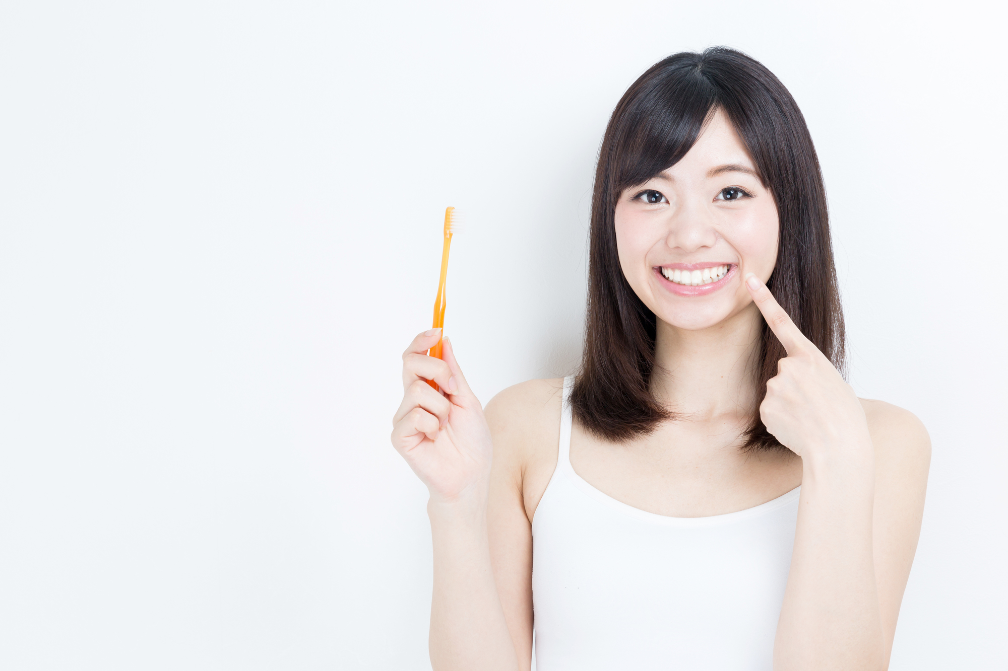 インプラントは自分の歯のように歯磨きができます