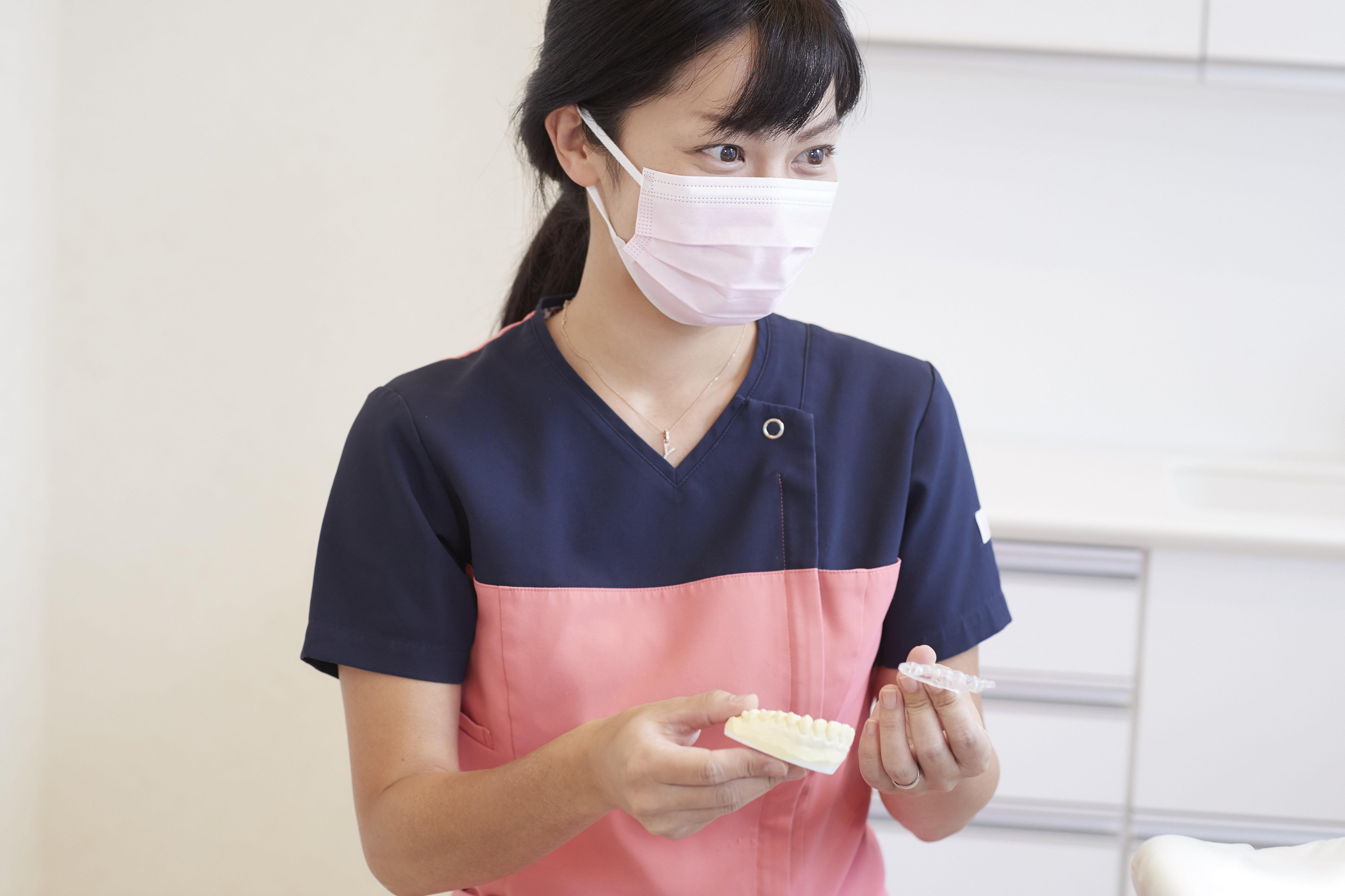 神戸三宮谷歯科クリニックでは、お一人おひとりに合わせたマウスピース・ナイトガードを作製しています。